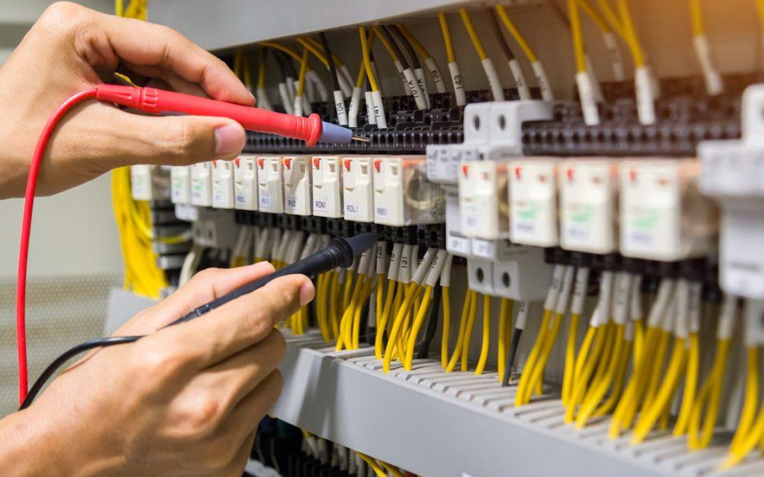 Instalacje Elektryczne i Automatyka Budynków 07.10.2020 godz. 9.00-13:35